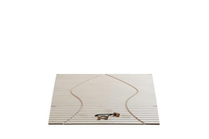 Практичная софа от немецкого дизайнера Саши Аккерманна (Sascha Akkermann).