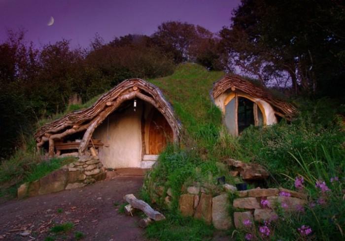 Домик Хоббита, построенный Simon Dale.