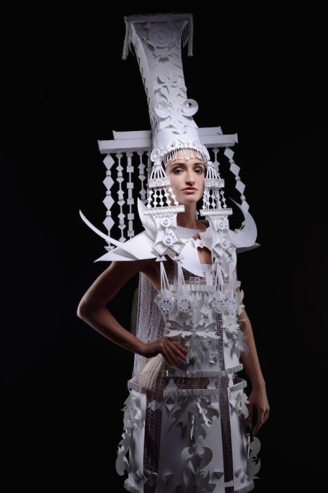 Фольклорные костюмы от украинского дизайнера.