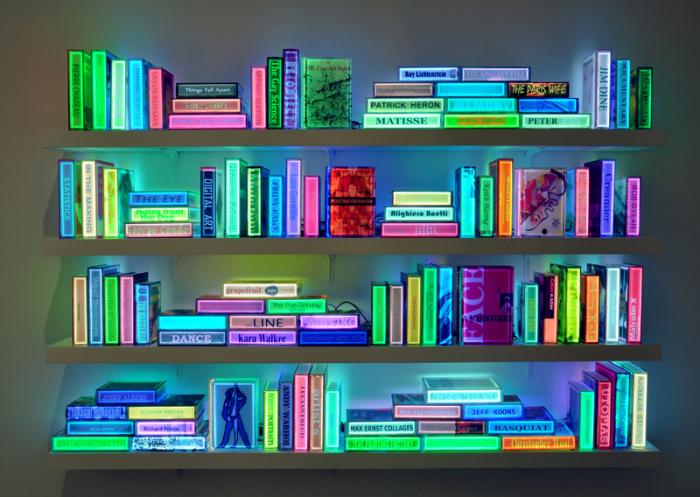 Неоновая библиотека от Airan Kang.