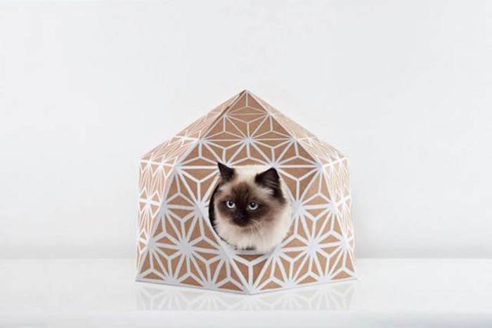 Стильный кошачий домик от Дельфина Курье (Delphine Courier).