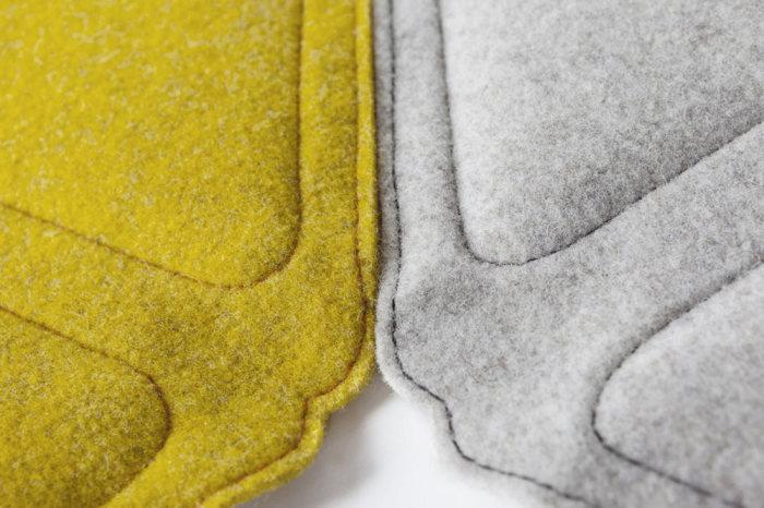 Плед-ковер, состоящий из отдельных элементов.