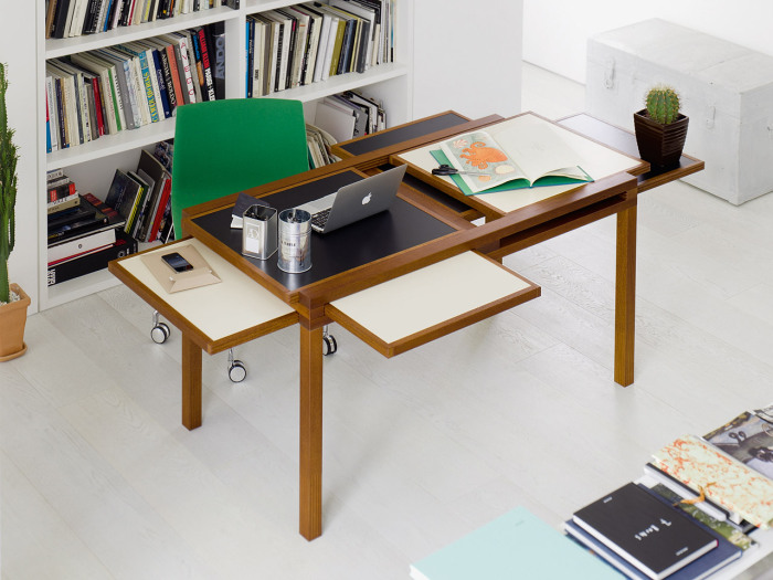 Удобный функциональный стол от Hexa Table.