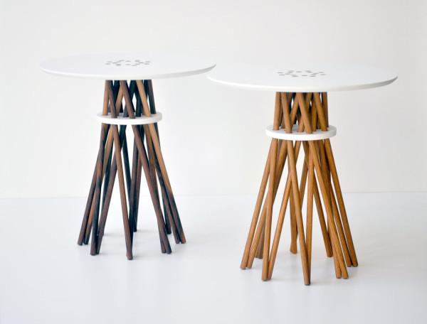 Оригинальные дизайнерские столики из натурального дерева.