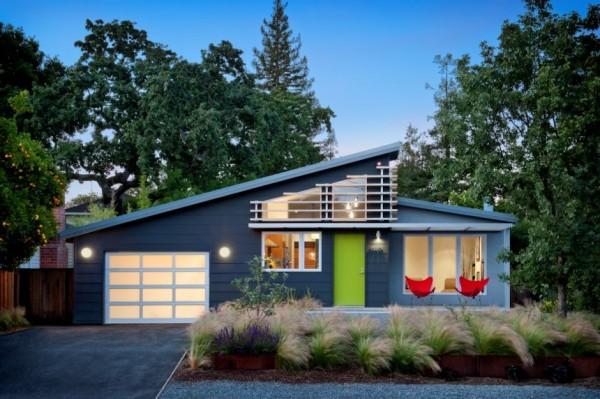 Красочный дом в солнечной Калифорнии.