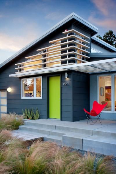 Современный уютный дом для всей семьи.