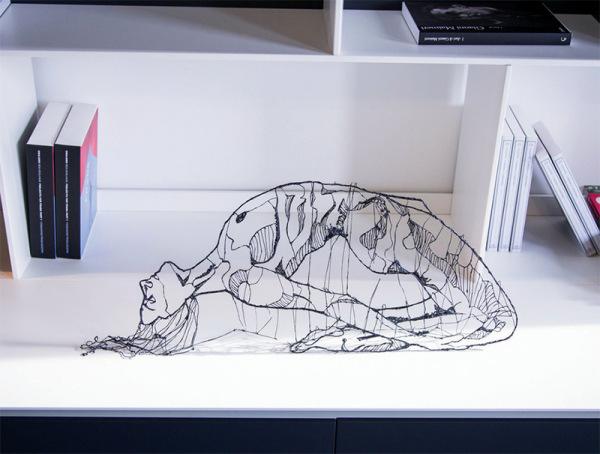 Объемные иллюстрации, созданные ручкой LIX.