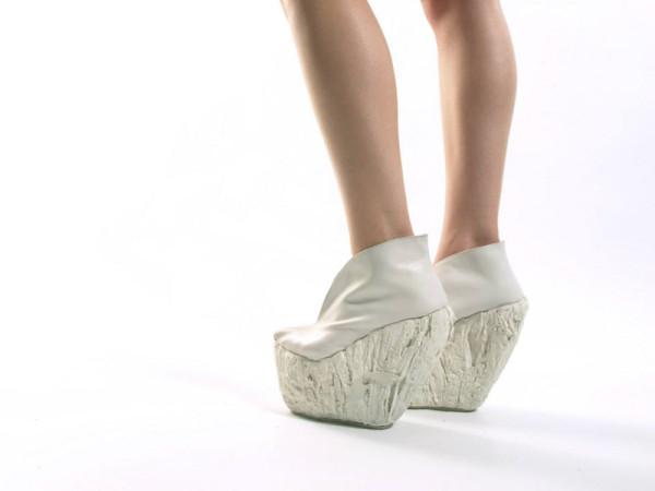 Стильные туфли на фарфоровой платформе от Лоры Пэп (Laura Papp).