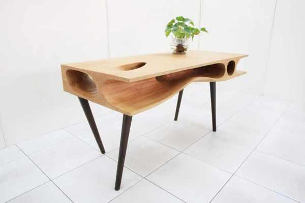 Интересный рабочий стол от Ruan Hao.