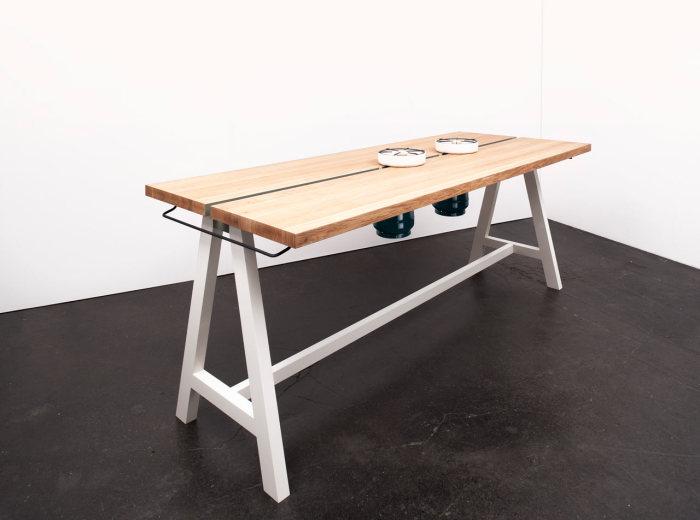 Универсальный стол для готовки от Moritz Putzier.