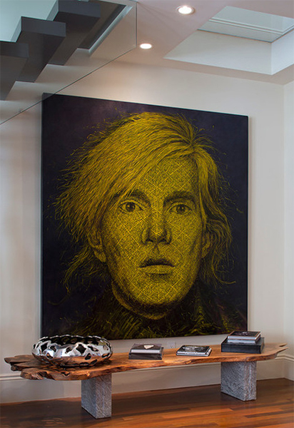 Портрет Энди Уорхола в интерьере от Artistic Designs for Living, Tineke Triggs.