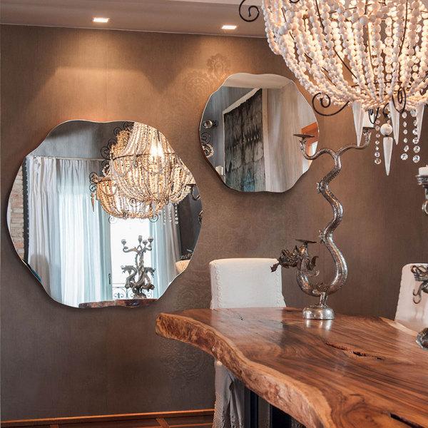 Дизайнерские зеркала от дизайн-студии Momenti.