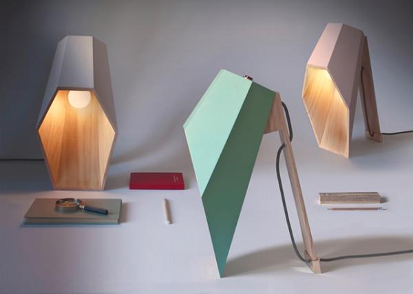 Стильный деревянный светильник от Алессандро Замбели ( Alessandro Zambelli).
