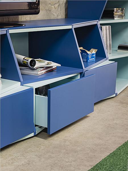 Дизайнерская мебель: книжные полки от Henrique Steyer