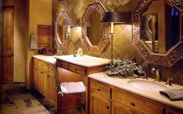 Элегантные акценты в интерьере ванной комнаты.