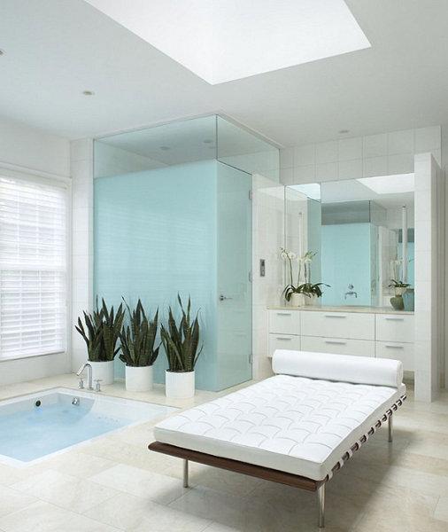 Роскошная ванная от EuroCraft Interiors.