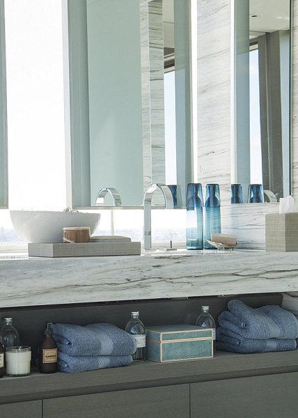 Оформление интерьера ванной от  Lonny.