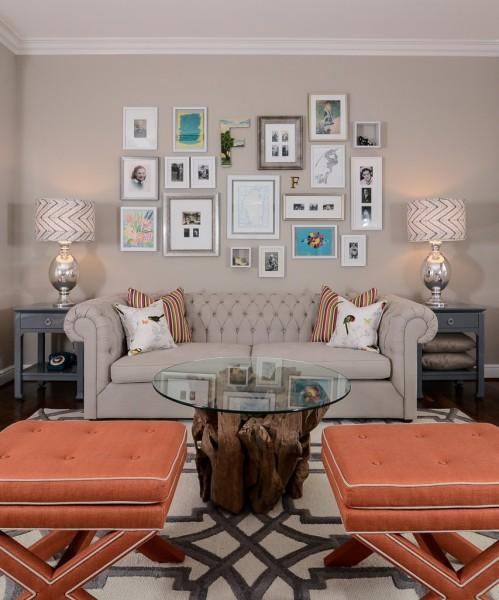 Интерьер гостиной в квартире от Kerrie L. Kelly.