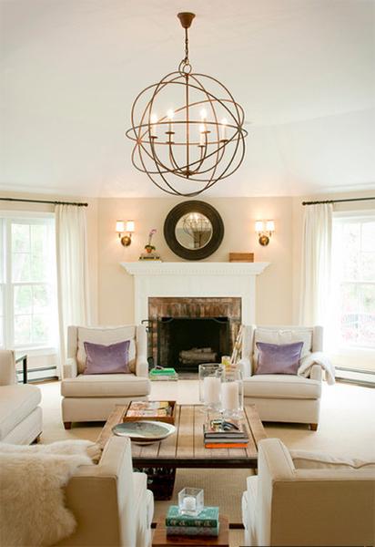Современный дизайн гостиной от Delicious Designs Home.