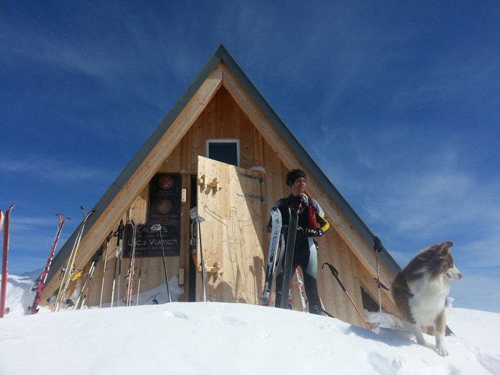 Дом в горах, спроектированный архитектором Giovanni Pesamosca.