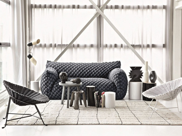 Стильный диван от итальянского бренда Gervasoni.