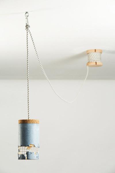 Стильная подвесная лампа от Драгос Мотика (Dragos Motica).