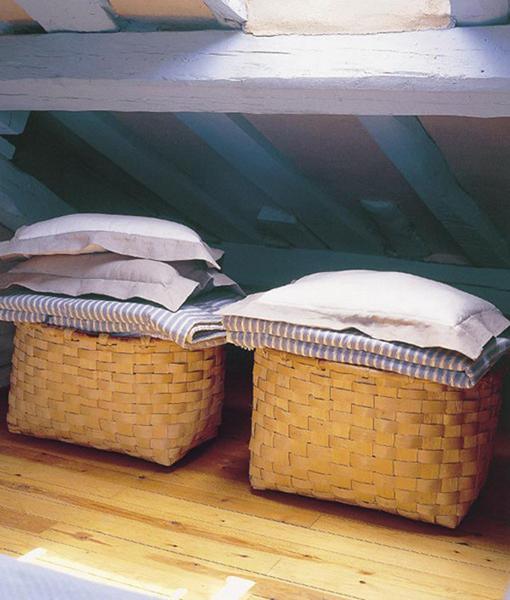 Декоративные плетеные корзины.