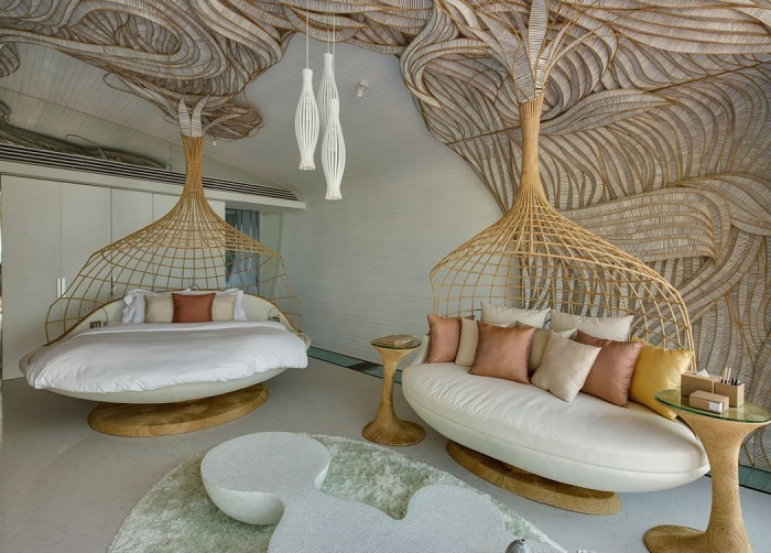 Iniala Beach House. Оригинальный дизайн с бамбуковыми плетениями.