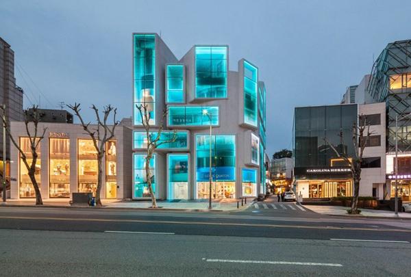 Здание в районе Gangnam.