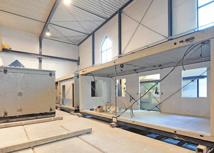 Модулі для будинків компанії Dennert виробляють в фабричних умовах.