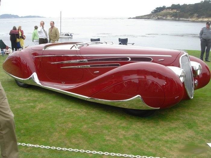 Автомобиль компании Delahaye.