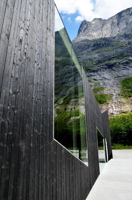Ресторанный комплекс на одном из туристических маршрутов Норвегии.
