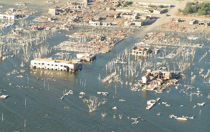 Вилья-Эпекуэн - затопленный город.