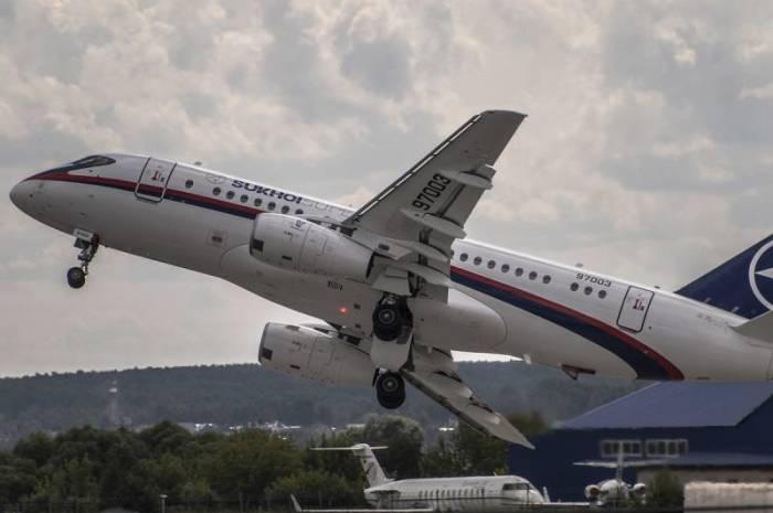 Sukhoi Superjet 100 . | Фото: finobzor.ru.