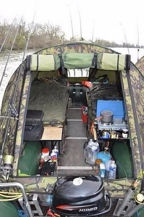 Палатки для рыбаков.