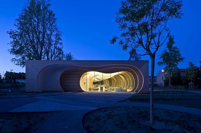 Детский сад, выполненный бюро Mario Cucinella Architects.