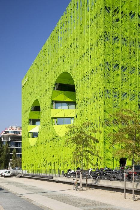 Архитекторский проект бюро Jakob+MacFarlane.