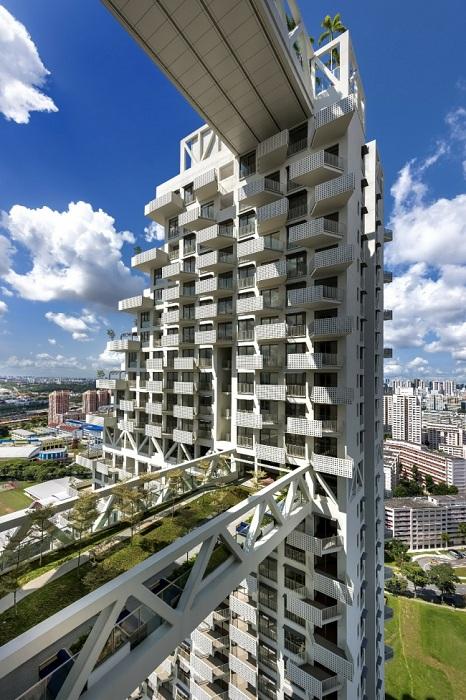 Переходы между зданиями выполняют роль зон отдыха.