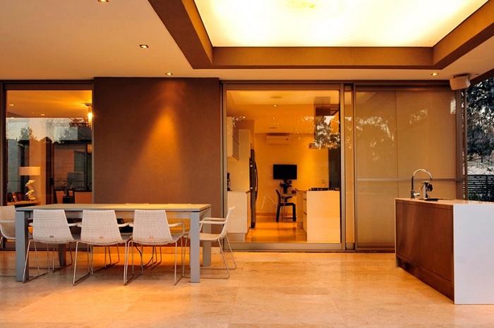 Интерьер в особняке Casa ST56.