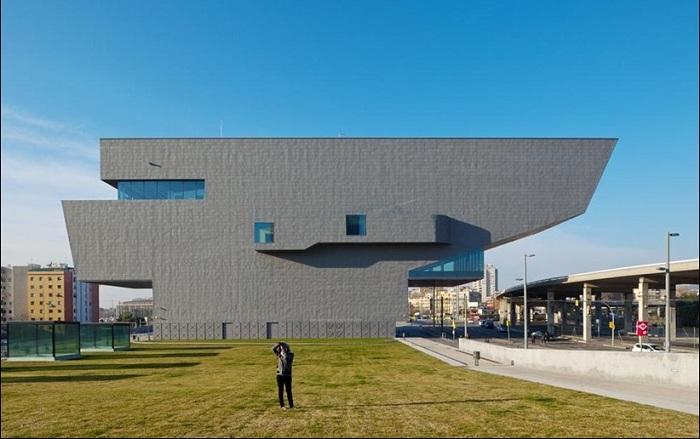 Проект архитектурной студии MBM Arquitectes.