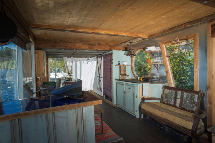 The River Den - плавучий дом площадью всего 23 кв. метров.
