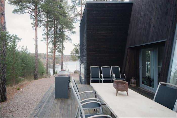 Минималистичный дом на острове Ингарё (Швеция).