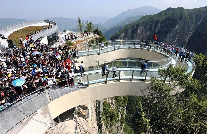 Chongqing walkway - новая китайская достопримечательность.