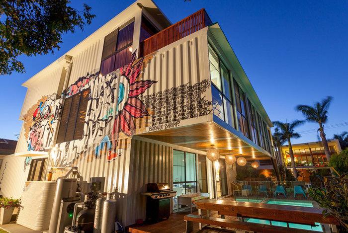 Проект дома из контейнеров от архитектора Todd Miller.