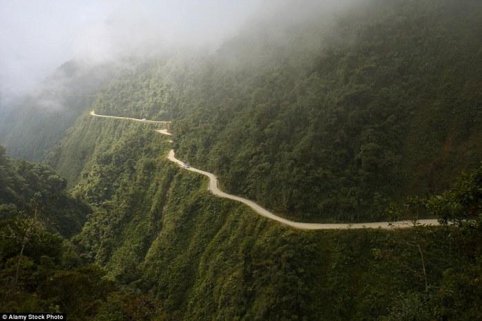 «Дорога смерти» - путь длиной 70 км.