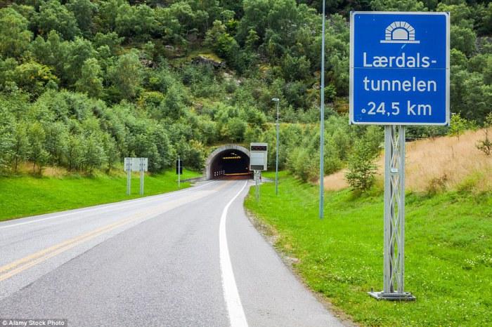 Laerdal - длинный автомобильный тоннель в мире.