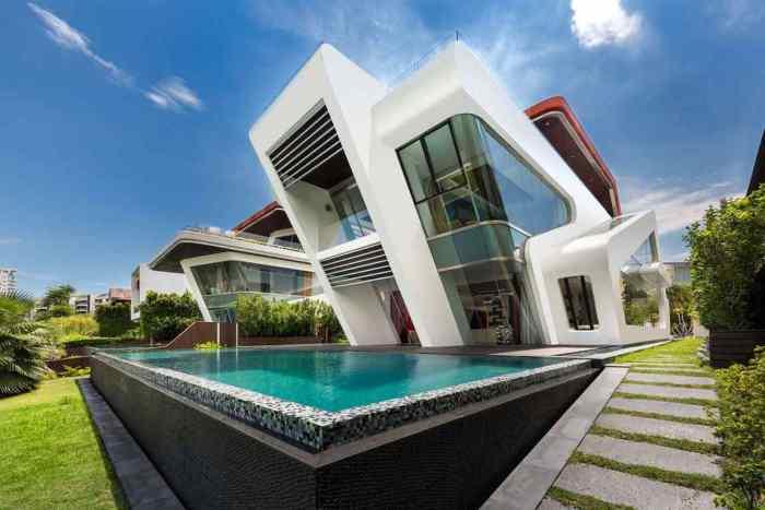 Villa Mistral - вилла с ультрасовременным фасадом.