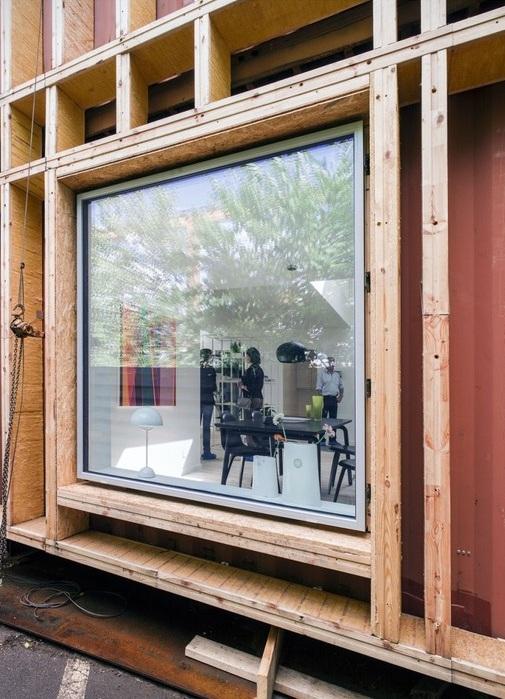 Дом обшит экологически чистыми материалами.
