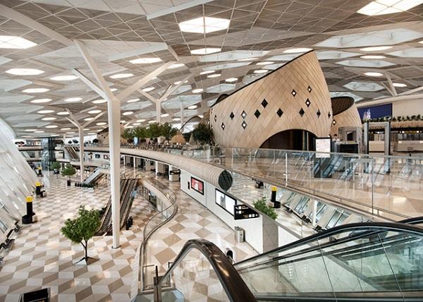 Интерьер аэропорта в Баку.