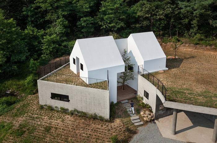 Архитекторский проект бюро Rieuldorang Atelier.